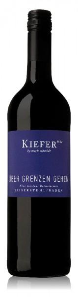 """Kiefer """"Über Grenzen gehen"""" Eine trockene Rotweincuvée"""
